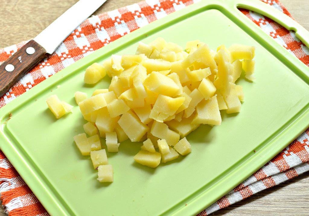 Фото рецепта - Картофельный салат с овощами и печенью - шаг 3