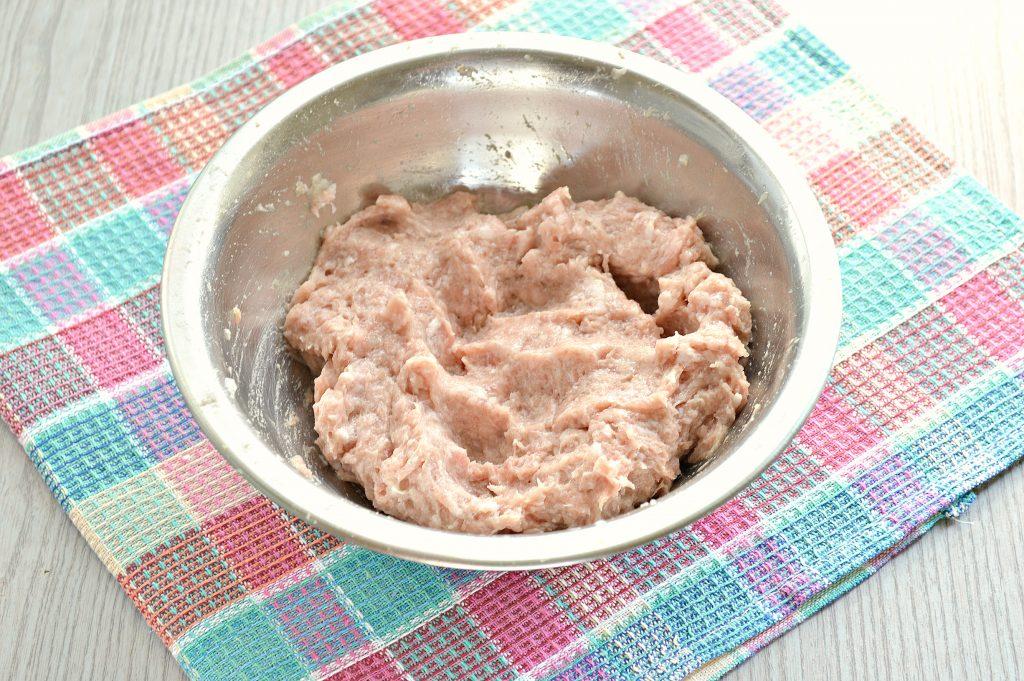 Фото рецепта - Пельмени с бараниной и свининой - шаг 3