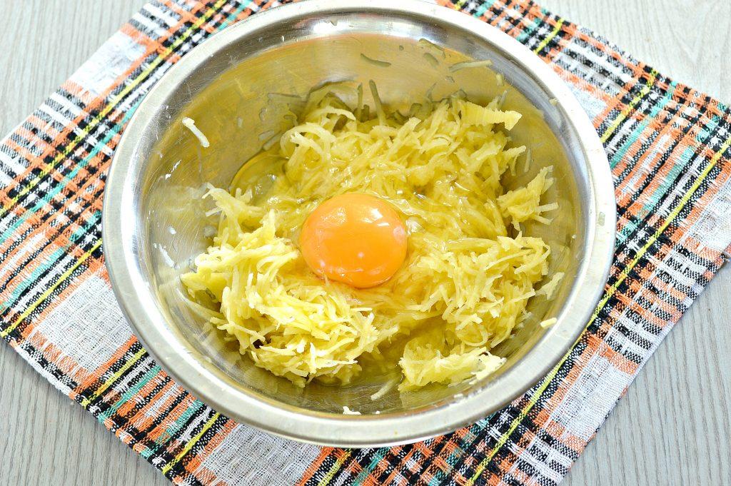 Фото рецепта - Рёшти (картофельные оладьи) - шаг 3
