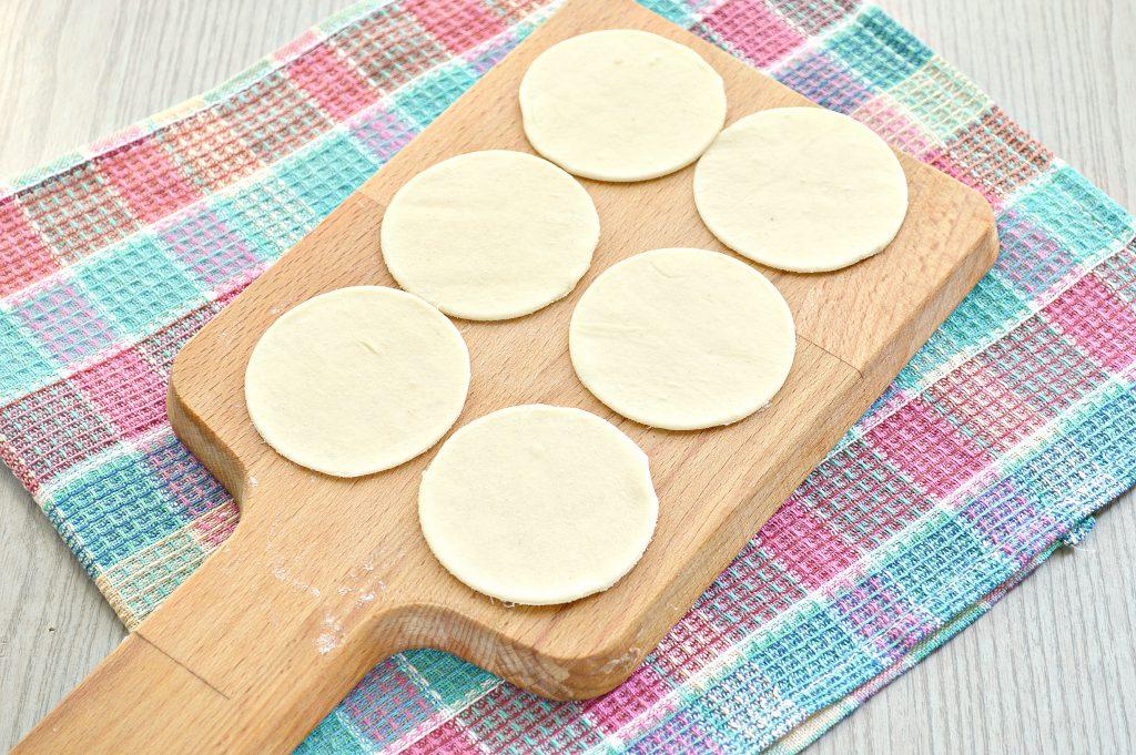 Фото рецепта - Пельмени с бараниной и свининой - шаг 4