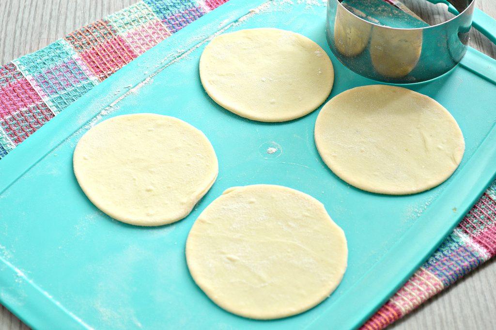 Фото рецепта - Вареники с картофелем на пару - шаг 4