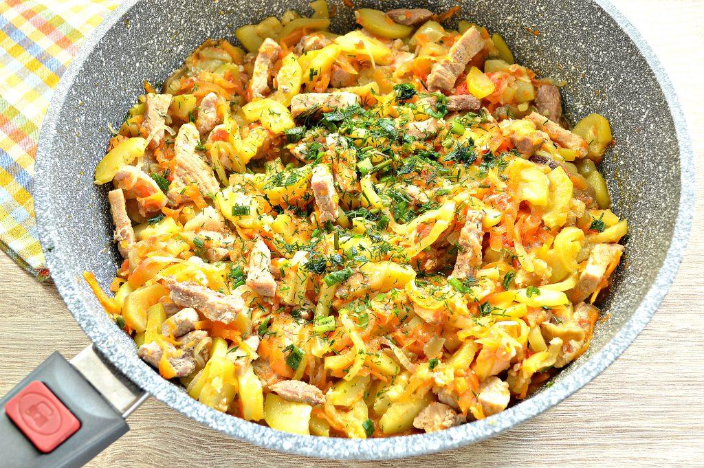 Фото рецепта - Свинина, тушеная с кабачками, баклажанами, помидорами и перцем (рагу) - шаг 5