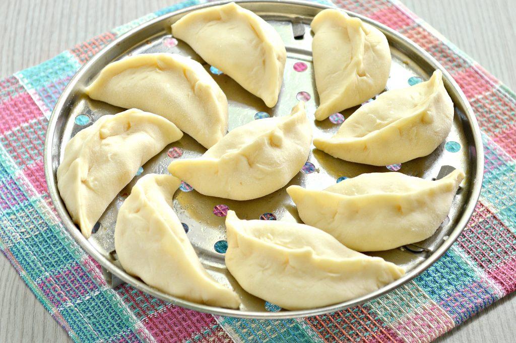 Фото рецепта - Вареники с картофелем на пару - шаг 6