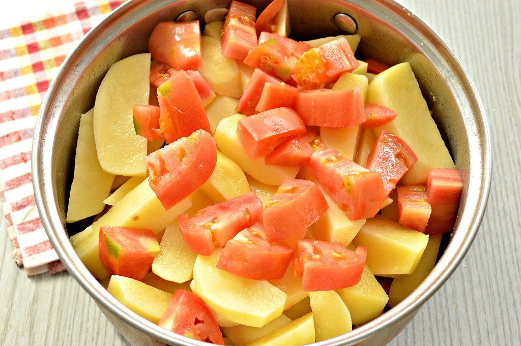 Фото рецепта - Шурпа со свининой, перцем, помидорами - шаг 6