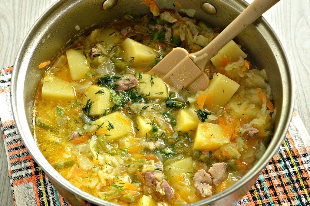 Фото рецепта - Свинина, тушенная с картофелем, болгарским перцем и капустой - шаг 7