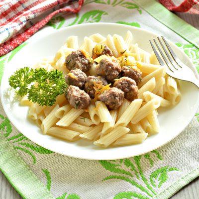 Подлива с овощами и мясными фрикадельками - рецепт с фото