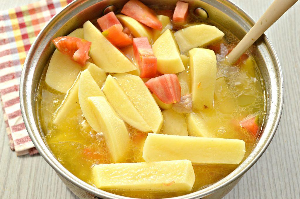 Фото рецепта - Шурпа со свининой, перцем, помидорами - шаг 7
