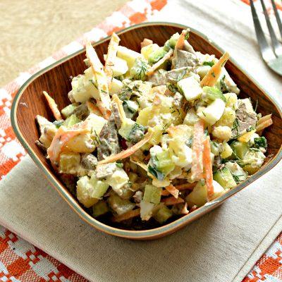 Картофельный салат с овощами и печенью - рецепт с фото