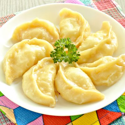 Вареники с картофелем на пару - рецепт с фото