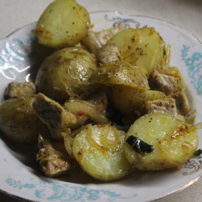 Жаркое из свинины и картофеля с тмином в духовке - рецепт с фото