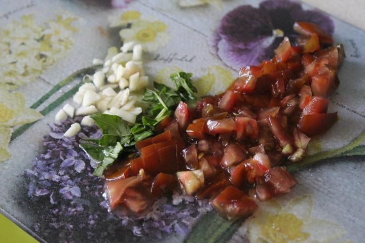 Фото рецепта - Кисло-сладкий чесночный соус к рыбе - шаг 5