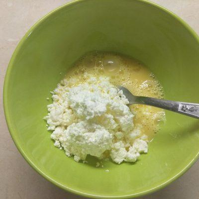 Фото рецепта - Хлеб по Дюкану из творога (в микроволновке) - шаг 1