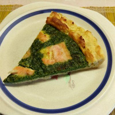Киш Лорен с лососем и шпинатом (картофельная запеканка) - рецепт с фото