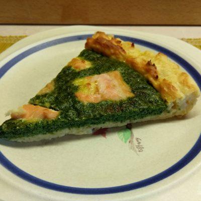 Фото рецепта - Киш Лорен с лососем и шпинатом (картофельная запеканка) - шаг 8