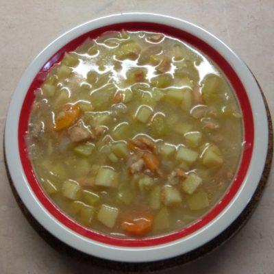 Картофельный суп с лососем и кабачком (на сыворотке) - рецепт с фото
