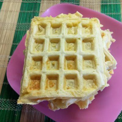 Сырные вафли на молоке - рецепт с фото