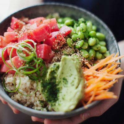 Поке с красной рыбой, бобами и авокадо - рецепт с фото