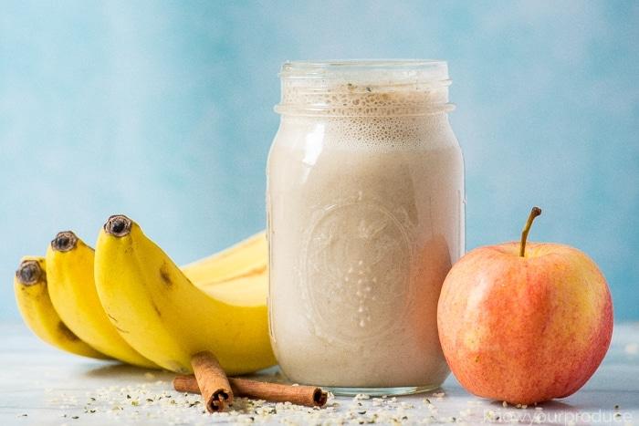 Молочный яблочно-банановый смузи