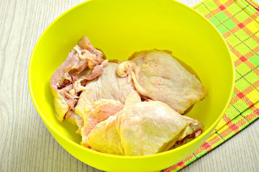 Фото рецепта - Курица кусочками в рукаве - шаг 1
