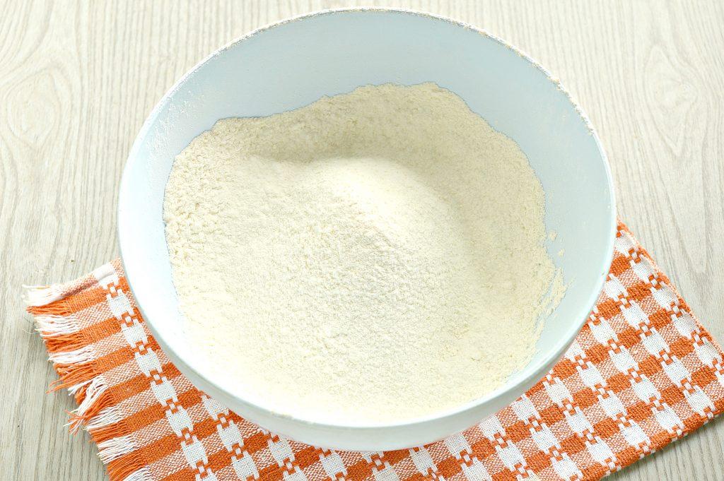 Фото рецепта - Постное тесто для мантов (без яиц) - шаг 1