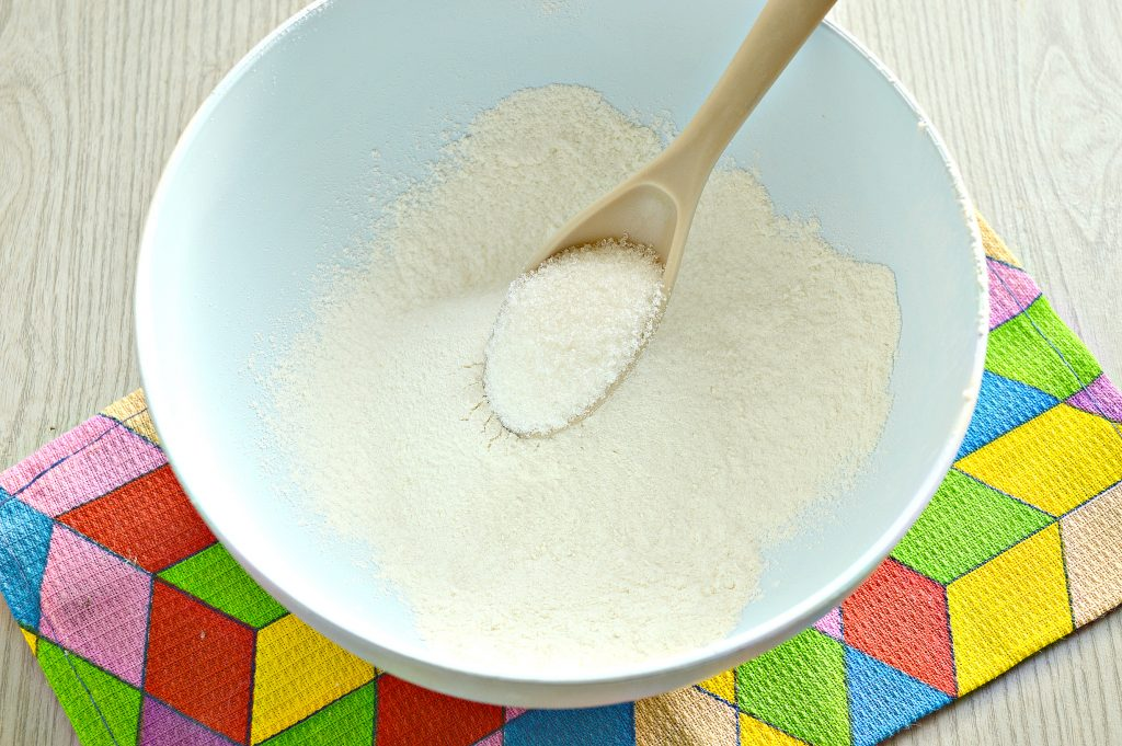 Фото рецепта - Блинчики на кокосовом молоке - шаг 2