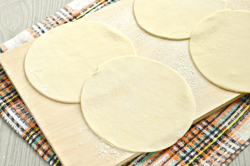Фото рецепта - Манты с мясным фаршем и тыквой - шаг 4
