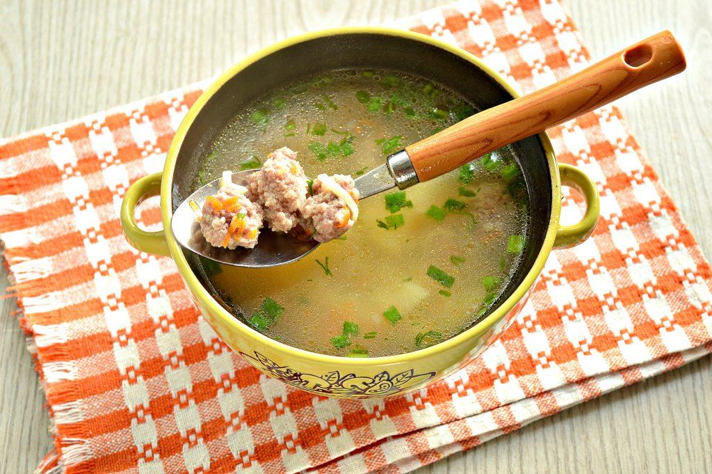 Фото рецепта - Суп-лапша с мясными фрикадельками - шаг 6