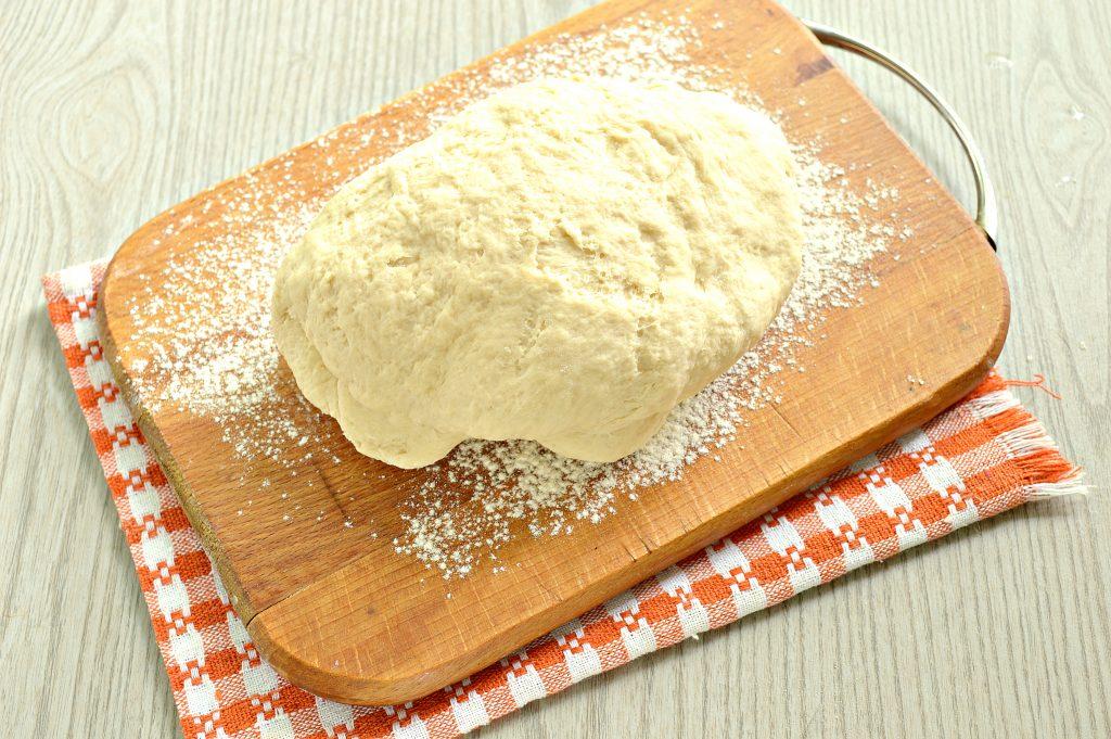 Фото рецепта - Быстрое дрожжевое тесто на воде для пирожков - шаг 6