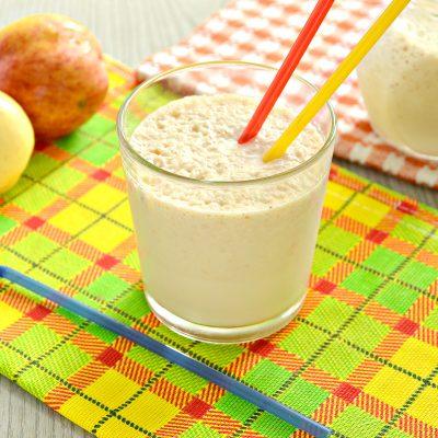 Молочный коктейль с яблоком и медом - рецепт с фото