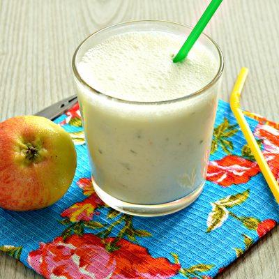 Смузи из огурцов с яблоком - рецепт с фото