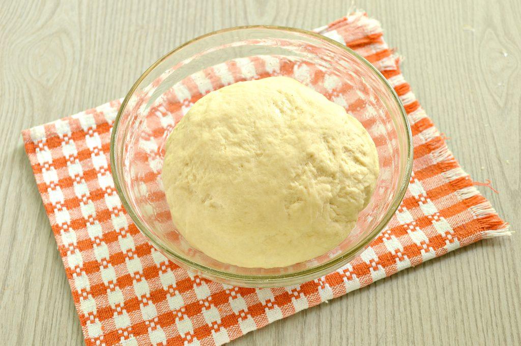 Фото рецепта - Быстрое дрожжевое тесто на воде для пирожков - шаг 7