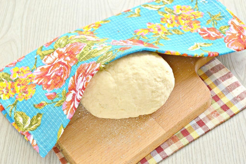 Фото рецепта - Тесто для вареников на кефире - шаг 7