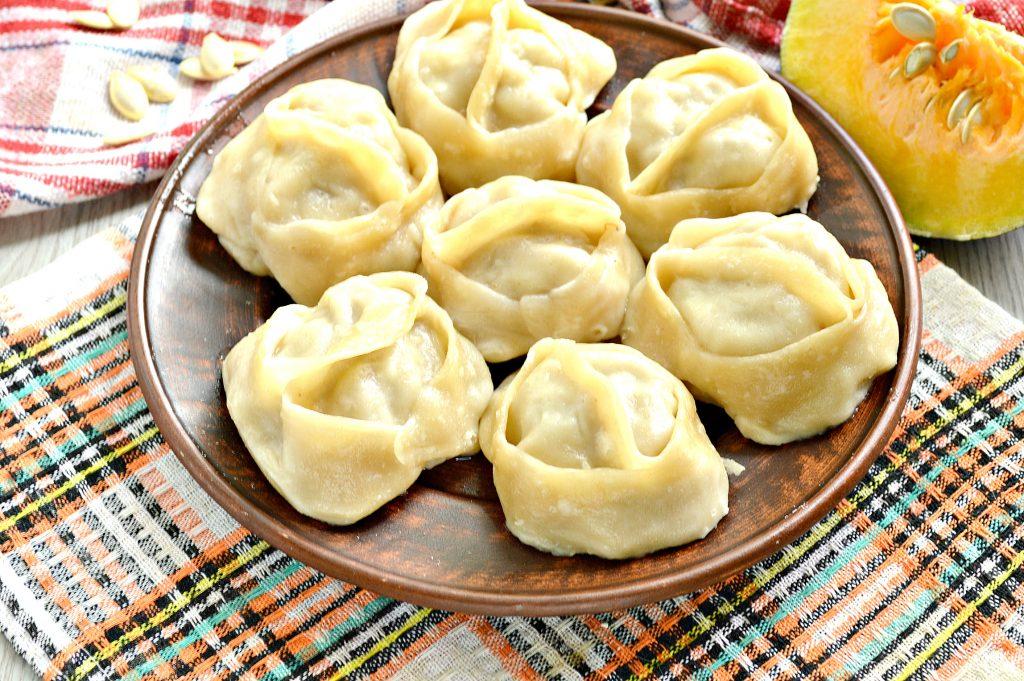 Фото рецепта - Манты с мясным фаршем и тыквой - шаг 8