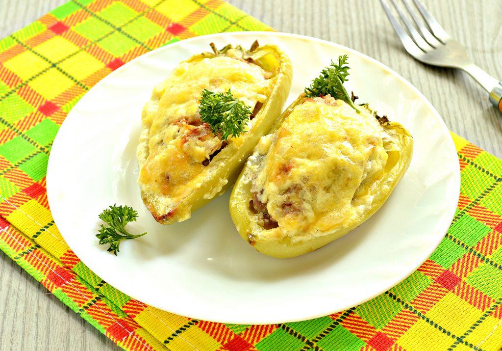 Фото рецепта - Фаршированный перец с говяжьим фаршем под сыром в духовке - шаг 9