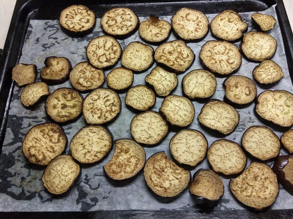 Фото рецепта - Острые маринованные баклажаны с чесноком - шаг 2