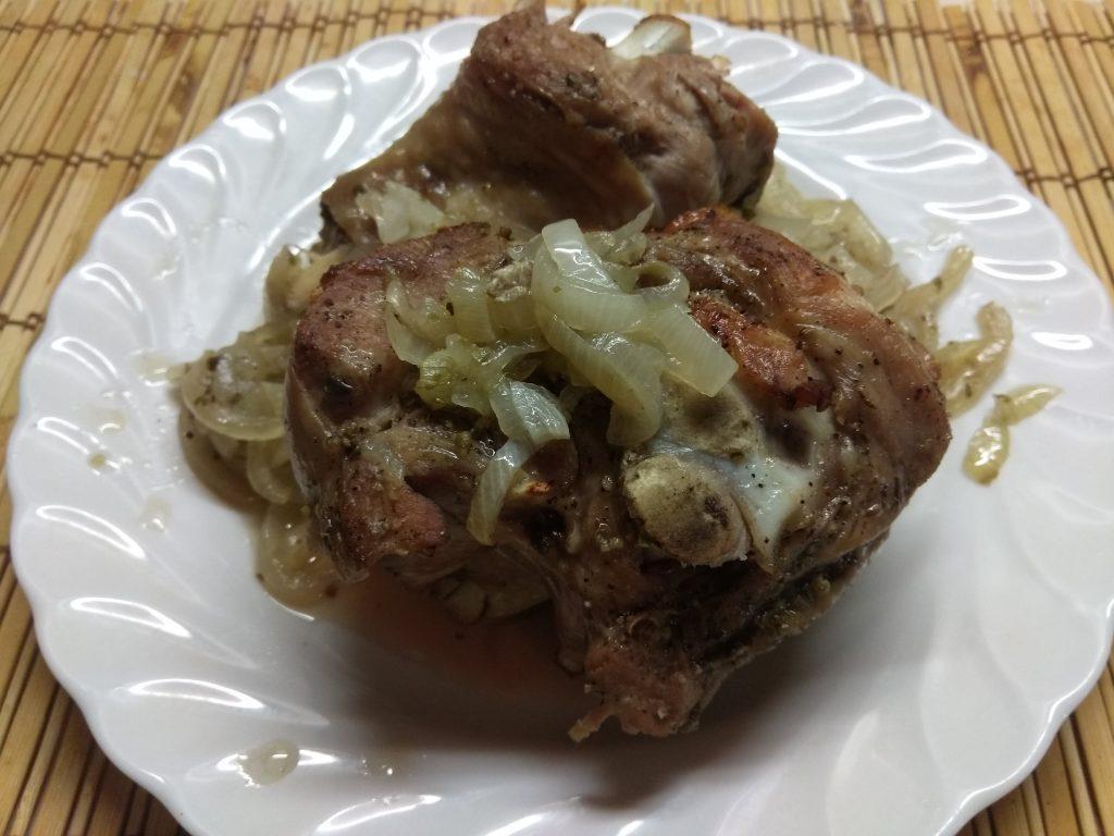 Фото рецепта - Индюшиное бедро, запеченное в травах (запеченное в рукаве) - шаг 4