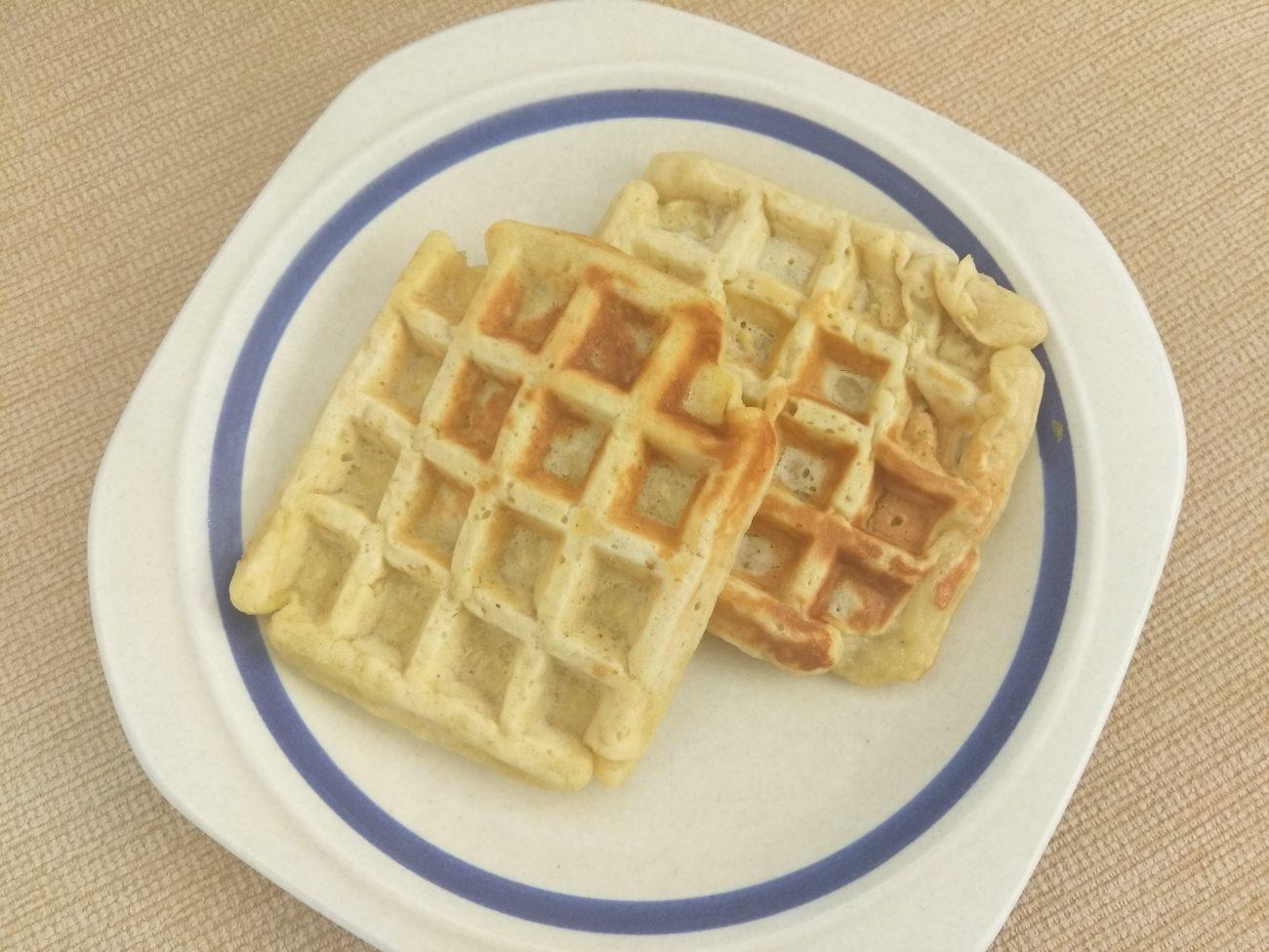 Яблочные вафли по-венски на молоке