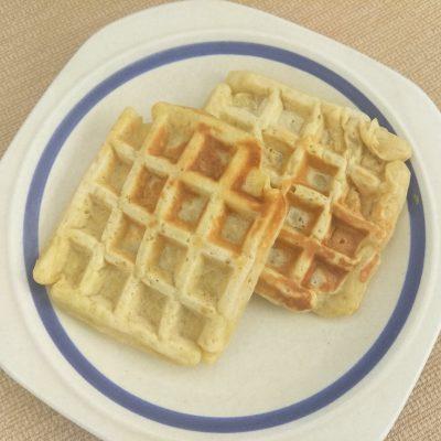 Яблочные вафли по-венски на молоке - рецепт с фото