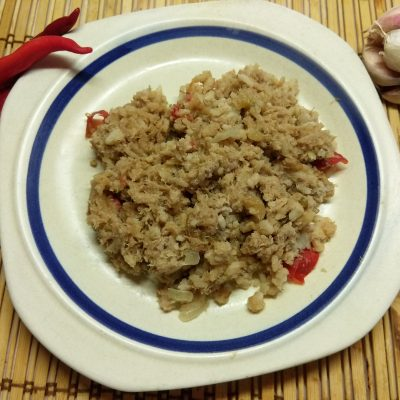 Рис по-флотски с перцем чили и помидорами - рецепт с фото