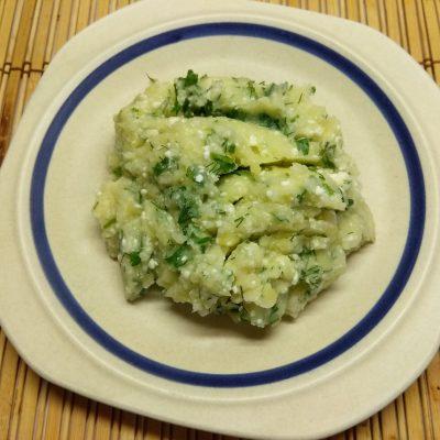 Картофельное пюре с творогом и зеленью на молоке - рецепт с фото
