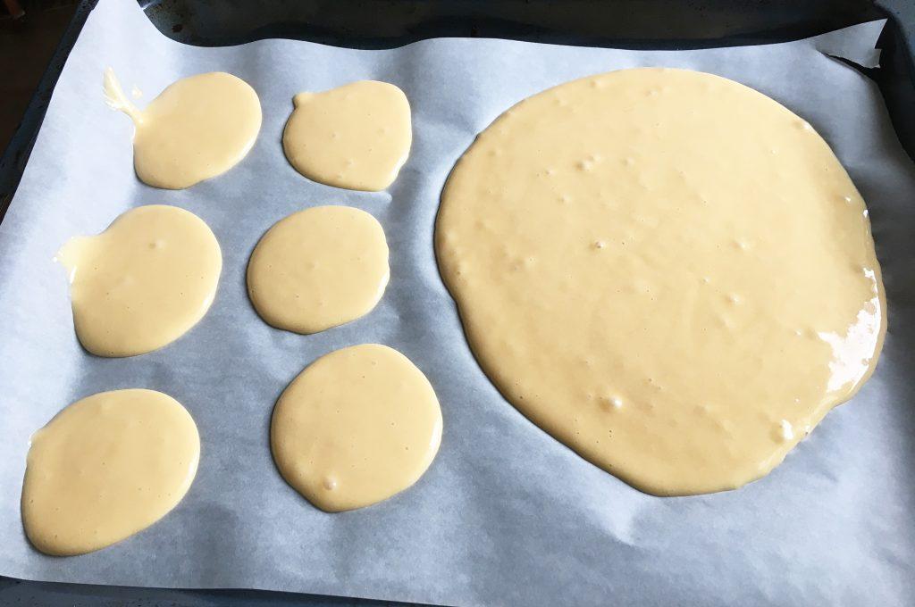 """Фото рецепта - Торт """"Черепаха"""" со сметанно-масляным кремом и миндалем - шаг 1"""