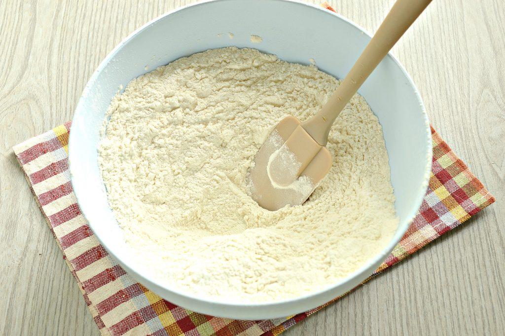 Фото рецепта - Тесто для пельменей и вареников на желтках - шаг 3