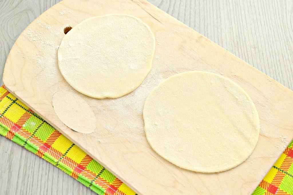 Фото рецепта - Домашние манты с мясным фаршем, картофелем и тыквой - шаг 5