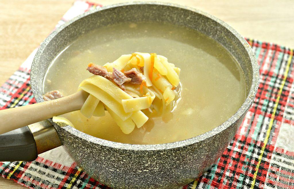 Фото рецепта - Лапшичный суп с индейкой - шаг 5