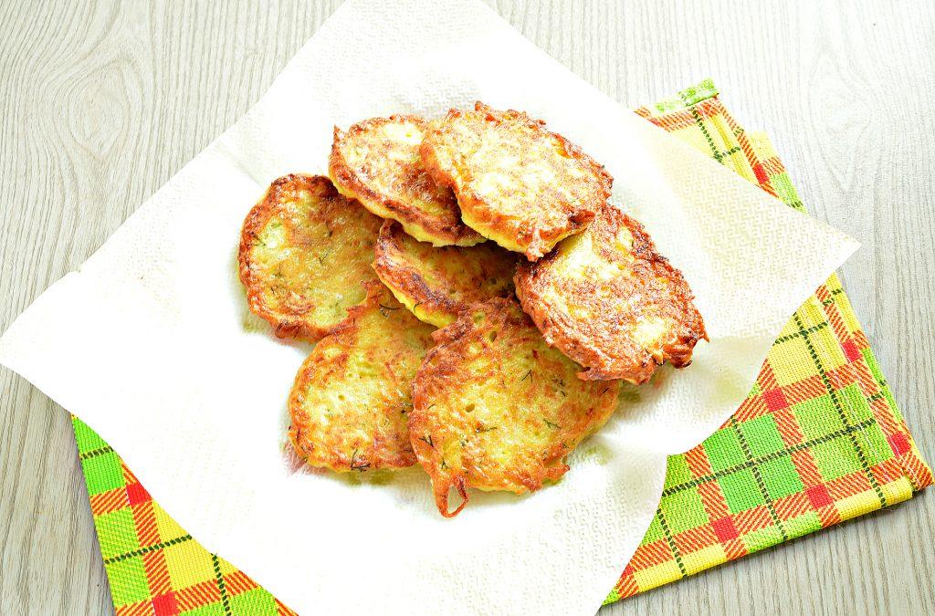 Фото рецепта - Драники картофельные с тыквой - шаг 7