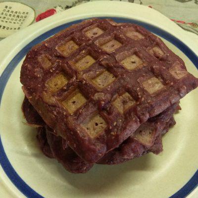 Фото рецепта - Малиновые вафли - шаг 5