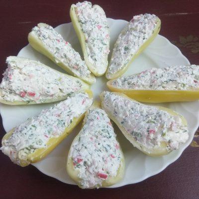 Фото рецепта - Холодная закуска – Фаршированный болгарский перец творогом и сыром - шаг 5
