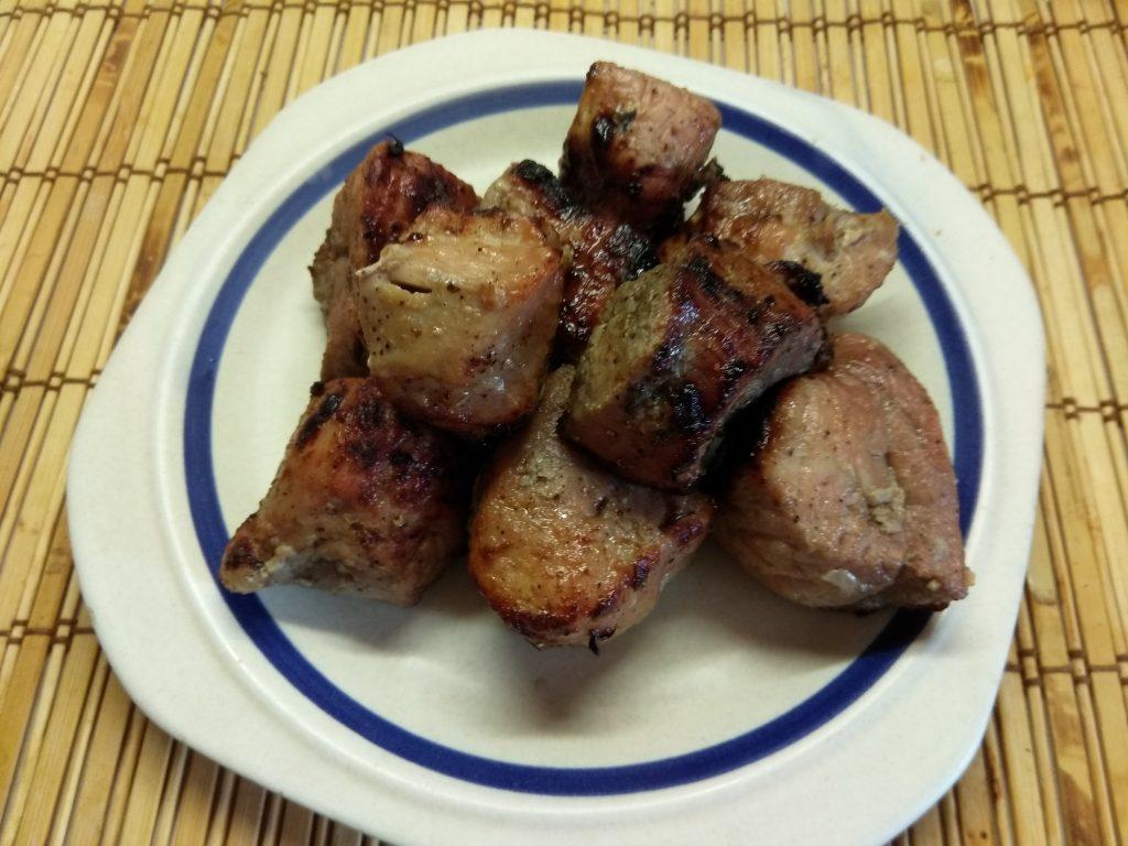 Фото рецепта - Шашлык из свиной вырезки в луковом маринаде - шаг 6