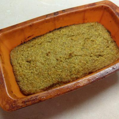Фото рецепта - Пирог бананово-морковный пряный - шаг 5