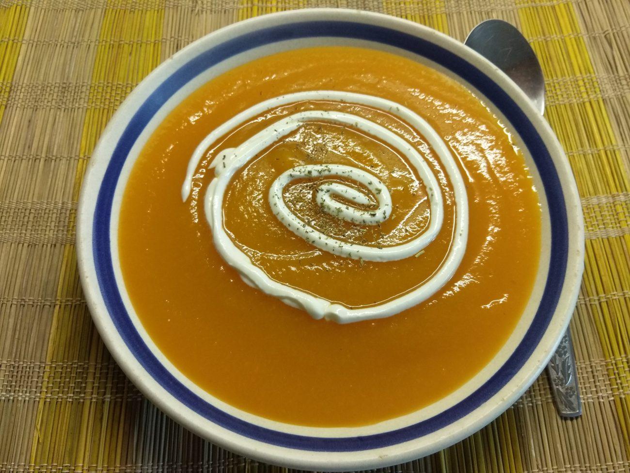Крем-суп из тыквы и моркови без мяса